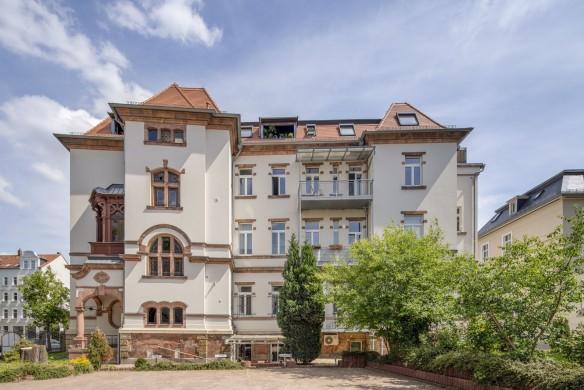 Wilhelm-Sammet-Straße 1